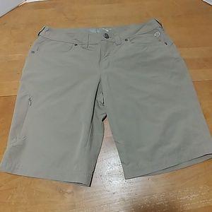 Mountain Hardwear women's shorts 6
